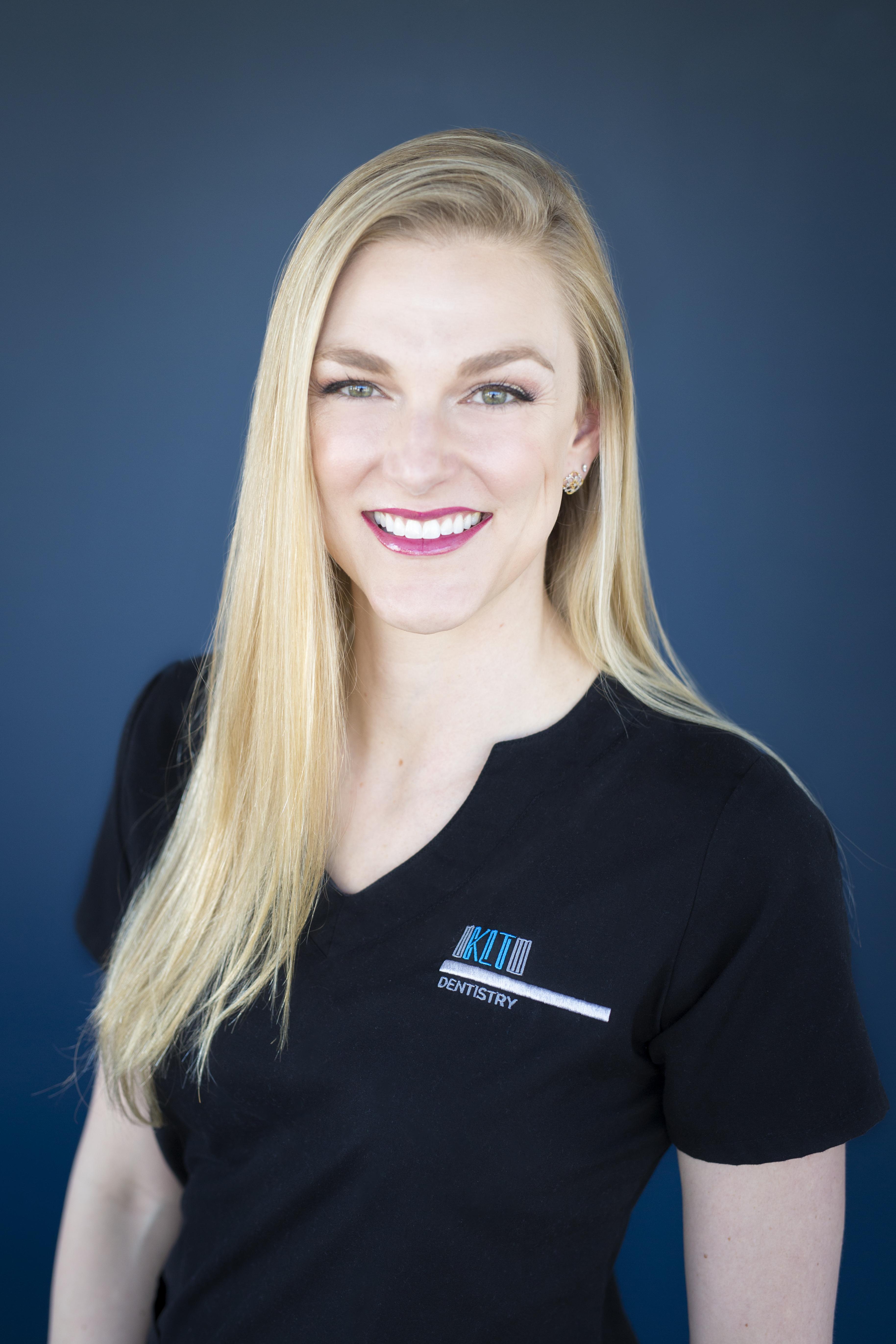 Meet Your Dentist General Amp Cosmetic Dentistry In San